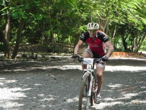 Atleta na trilha Short Track Giro Radical - 2 etapa Piauiense MTB 2-1